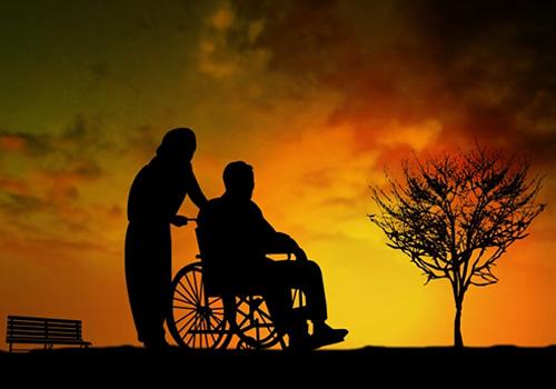 超・少子高齢化の日本。介護保険こそ重要な保険です